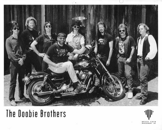 Long train running - Doobie Brothers [1973]